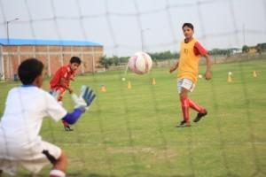 football3-300x200