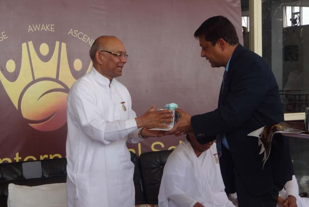 MOTIVATIONAL TALK TO ACHIEVE SUCCESS IN LIFE BY SPIRITUAL LEADER SURAJ BHAI (3)